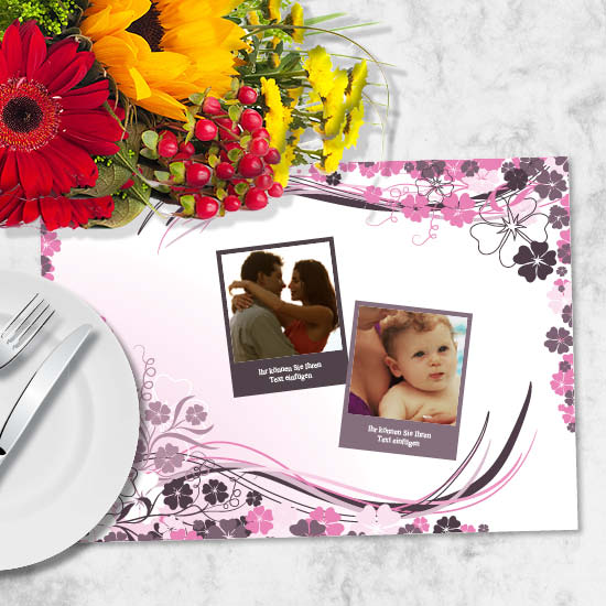 foto tischset mit violetten blumen. Black Bedroom Furniture Sets. Home Design Ideas